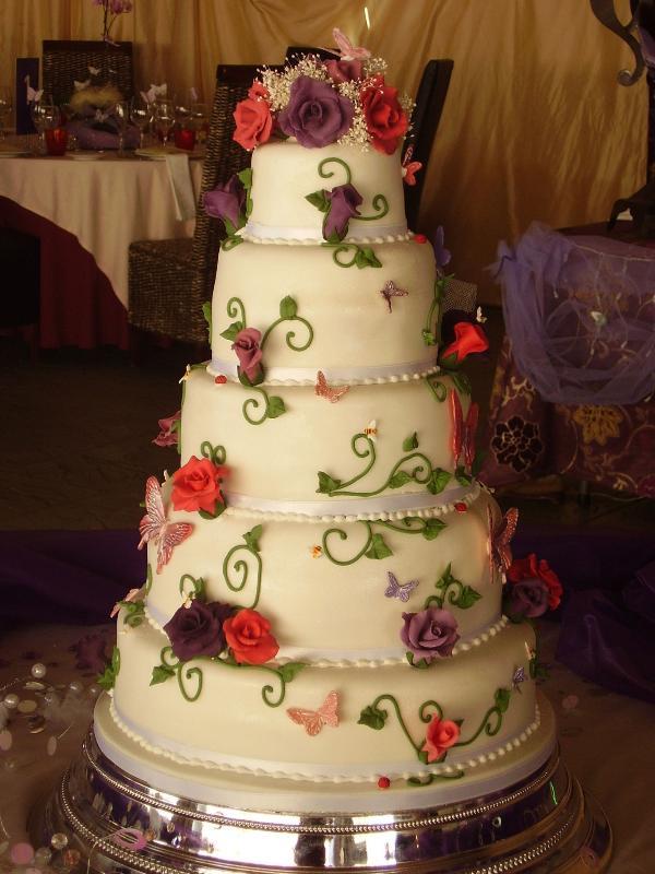 Haute Couture Wedding Cakes » En » Home